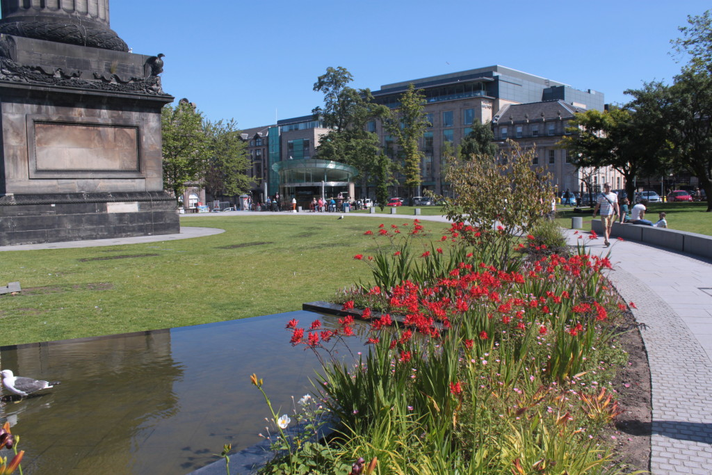 St Andrews Square Edinburgh, designed by Gillespies landscape architects